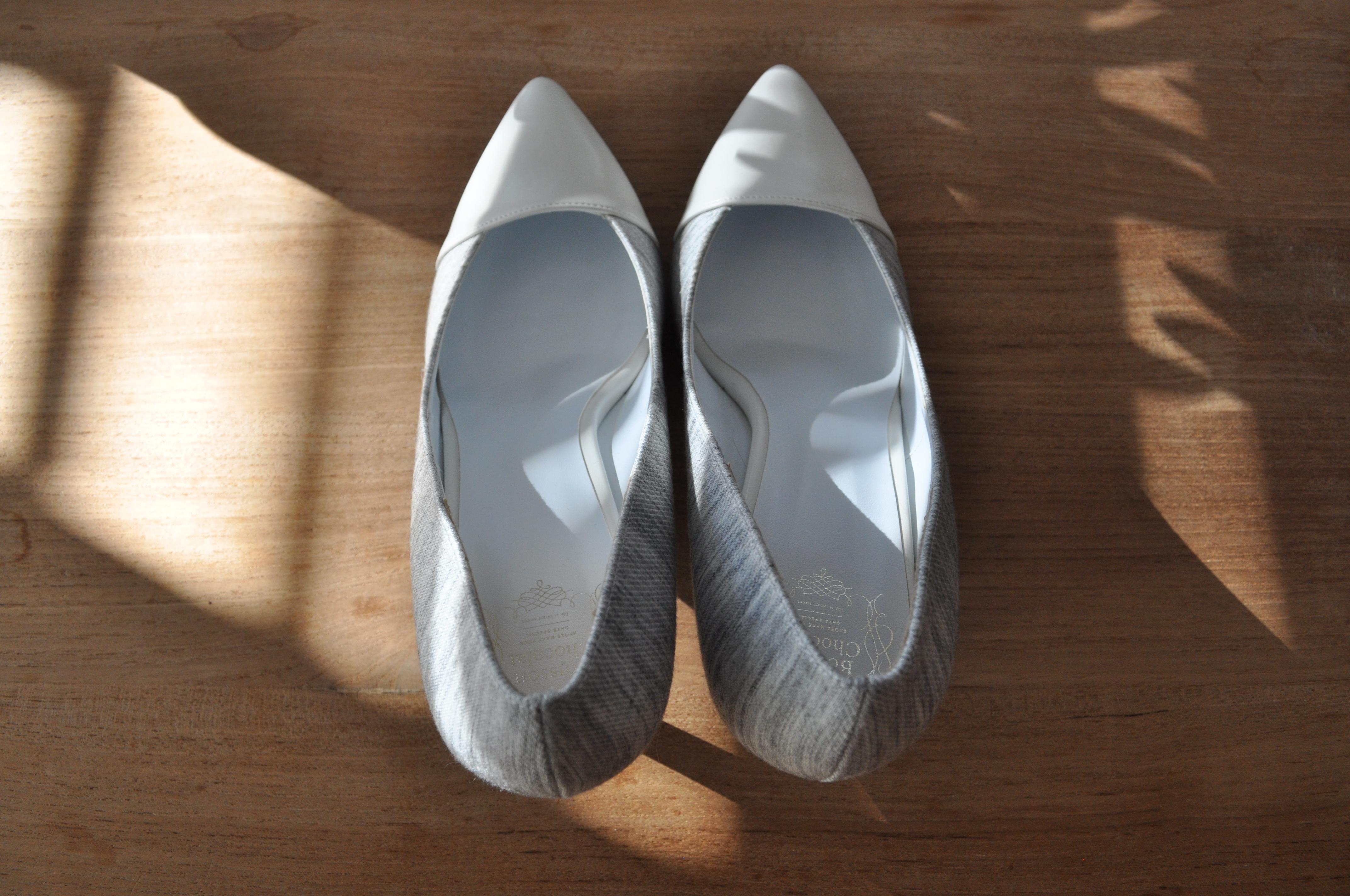 white color blocked heels shoshi shoes